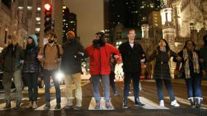 ct-black-friday-march-laquan-mcdonald-photos-20151127